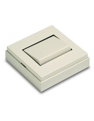 Interruptor 5001b superficie 10a-250v de famatel caja de 30